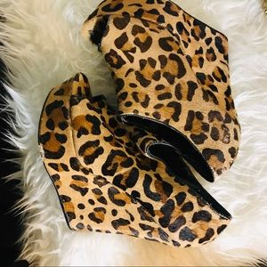 Steve Madden Leopard Peep Toe Wedges